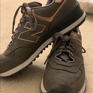 New Balance Sz 7 rose gold 574 sneakers